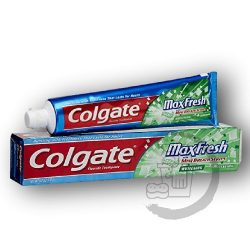 Colgate fogkrém 100ml MaxFresh Cooling crystals Clean mint